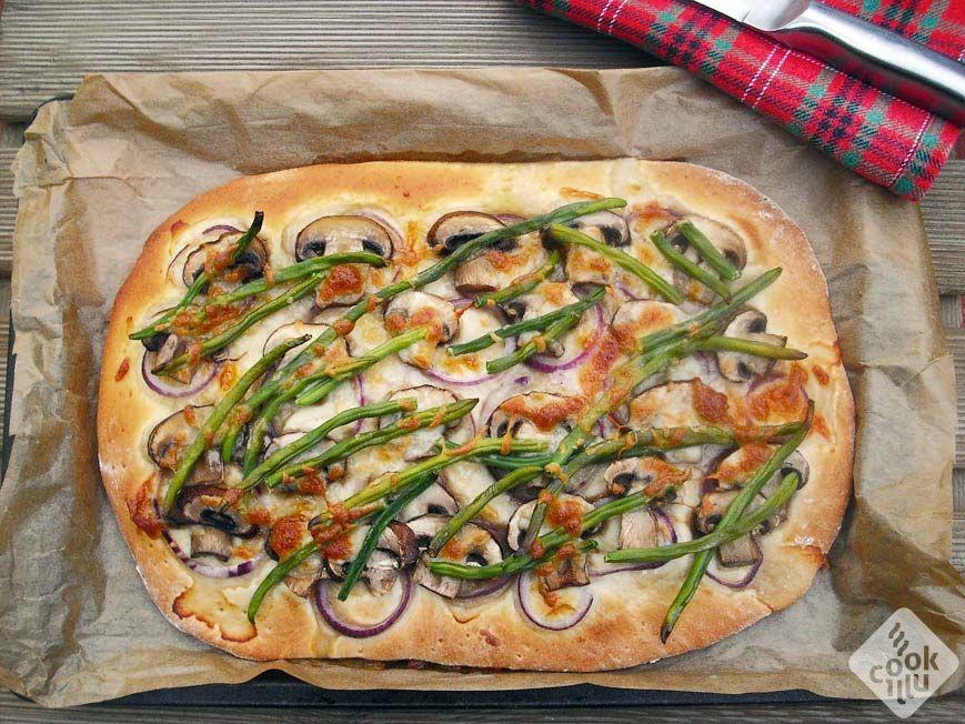 Pizza-z-mieszanki-do-wyrobu-chleba