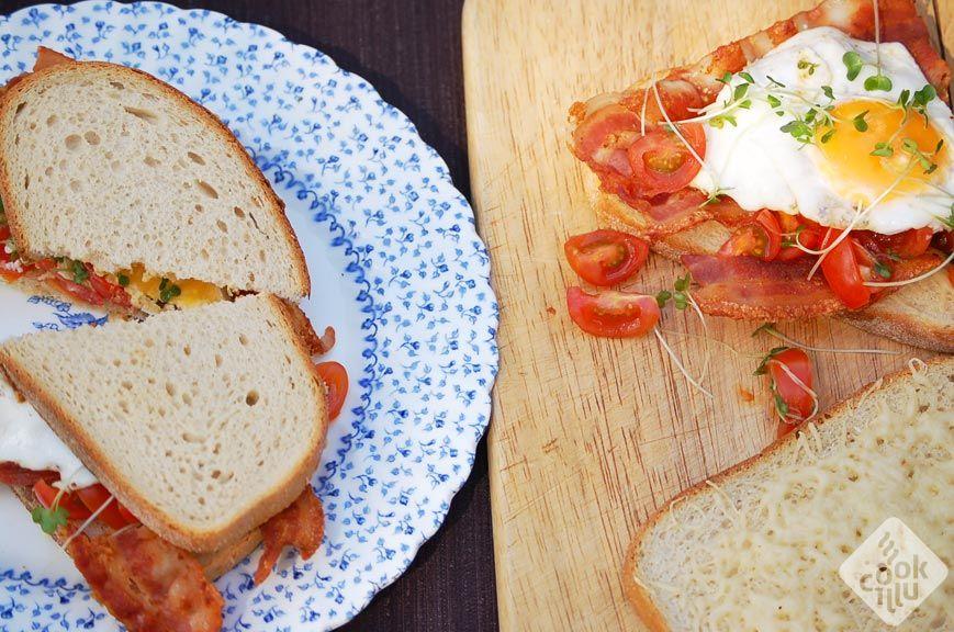 kanapka-z-boczkiem-035