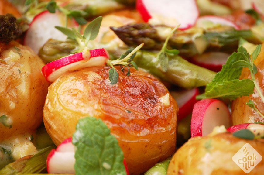 salatka-ze-szparagami-i-ziemniakami2